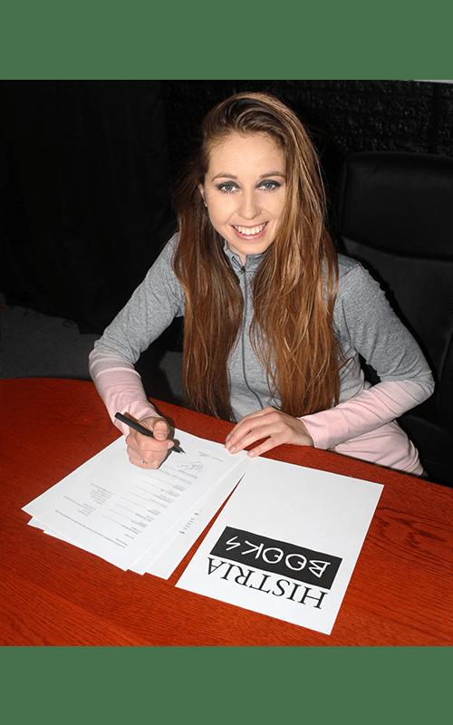 Histria Books announces signing world champion gymnast Verona van de Leur to an exclusive book contract